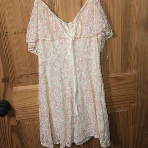 Lace white and pink dress